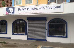 Se busca integrar la plataforma tecnológica en el Banco Hipotecario Nacional (BHN) para agilizar los trámites. Foto: Diómedes Sánchez S.