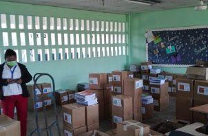 Los estudiantes panameños reciben sus clases a distancia.