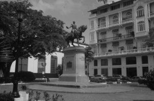 En la Batalla de Ayacucho participaron 1,600 panameños pertenecientes a los Batallones del Istmo 1, 2 y 3 dirigidos por el Capitán Tomás Herrera, a quien en su honor, hay un monumento y una plaza, en San Felipe. Foto: Víctor Arosemena. Epasa.