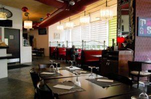 Los dueños de restaurantes aspiran a que haya más asistencia de clientes y por ende tener más ganancias y poder reactivar más contratos laborales.