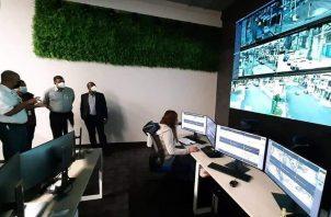 El sistema de cámaras es observado durante 24 horas por personal capacitado en monitoreo y vigilancia. Foto: Diómedes Sánchez