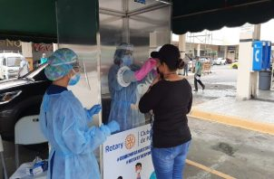 En San Miguelito se ha registrado una disminución en el número de pruebas para la detección oportuna de pacientes covid-19 positivos.