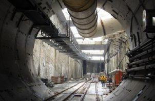 Presentan estudios geofísicos terrestres y marinos para el cruce de la línea 3 del metro bajo el Canal de Panamá. Foto:Archivos