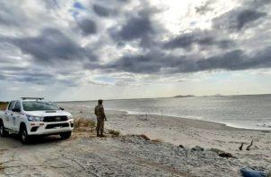 El Senan y la Fuerza de Tarea Conjunta mantiene vigilancia en áreas de playa. Foto:Senan