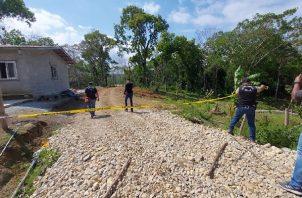"""El cuerpo de Carlos Eduardo Ávila alias """"Agüita"""" fue encontrado en una finca apartada en Buena Vista, con múltiples heridas ocasionadas con un machete."""