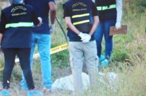 El levantamiento del cuerpo lo realizó la personería de Dolega. Foto: Mayra Madrid