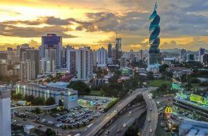 Almengor recordó que existen préstamos con intereses blandos que financia el Banco Nacional de Panamá (BNP), orientados a los micro y pequeños empresarios a tasas de interés, casi a cero por ciento. Foto/Archivo