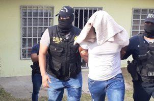 Erasmo Camargo estaba solo al momento del allanamiento. Foto/ Víctor Arosemena