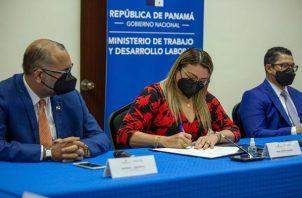 La ministra Doris Zapata dijo que la reactivación de contratos es del 49%.