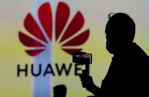 Logo de la empresa Huawei.