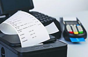 """Las primeras facturas electrónicas emitidas por las empresas piloto en ambiente de productivo, ocurrieron en el mes de octubre del 2018, fecha en la que podemos afirmar que fue el """"nacimiento de la Factura Electrónica en Panamá""""."""