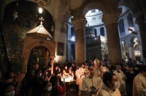 La celebración de hoy sigue a la vigilia del Sábado Santo que en Jerusalén comienza con una misa temprana. EFE