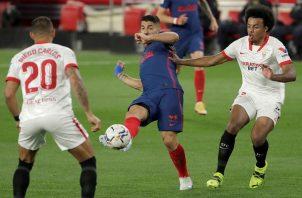 Luis Suárez no pudo rescatar al Atlético.