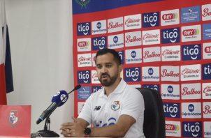 """Ignacio """"Nacho"""" Quintana, técnico de la selección nacional femenina de Panamá. Foto: Twitter"""