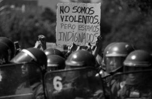 Las escuelas y universidades, en la mayor parte de los países de Suramérica, forman ciudadanos, conscientes de sus deberes y sus derechos. Foto: EFE.