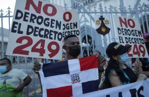 """Extranjeros beneficiados con """"Crisol de Razas"""" temen tener que salir de Panamá. Foto:EFE"""