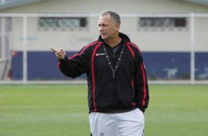 En la imagen, el director técnico uruguayo Saúl Maldonado.