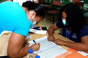 De acuerdo con la Unicef  en Panamá, 7 de cada 10 estudiantes no tienen acceso a una computadora; y 4 de cada 10 no tienen acceso a internet. Foto: Archivo.