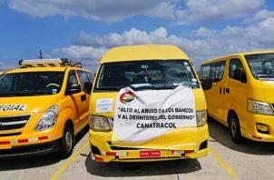 Mas de 18 mil personas están afectadas debido a que dependen de la operación de buses colegiales que en la actualidad tienen su actividad detenida.
