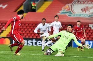 El portero Thibaut Courtois fue pieza fundamental en la clasificación del Real Madrid a semifinales. Foto: EFE