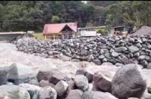 El dragado que se le realizó al río Chiriquí Viejo, luego de la tragedia de noviembre, está siendo puesta a prueba con las últimas lluvias. Foto de archivo
