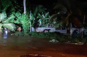 En la provincia de Bocas del Toro se mantiene una alerta verde, debido a un frente frío que afecta el área. Foto: Sinaproc