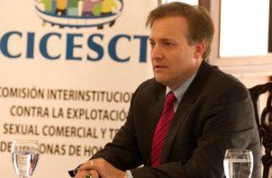 Jefe de misión de la legación diplomática estadounidense, Stewart Tuttle. Foto: EFE
