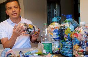 Fundación Botellas de Amor propone el consumo responsable del plástico flexible. Foto: Cortesía