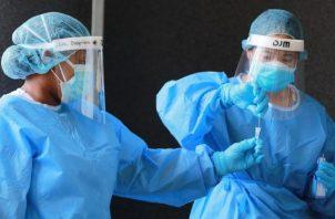 Las autoridades de Salud implementan un plan de aplicación de pruebas anticovid en todo el país. Foto: Cortesía Minsa