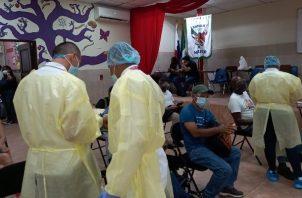 La Estrategia Continua de Vacunación avanzó este sábado en el circuito 8-7. Foto: Cortesía Minsa