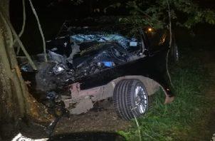 Las autoridades presumen que el accidente fatal se debió por el exceso de velocidad. Foto: Eric Montenegro