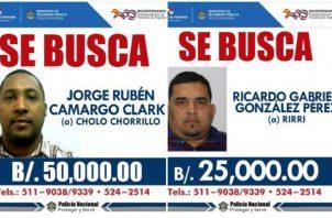 La Policía ofrece 50 mil dólares por 'Cholo Chorrillo' y 25 mil por alias 'Rirri'.