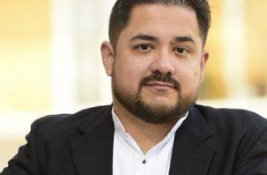Fernando Medrano publicó 'El Cazador de Espíritus: Entre cielo e infierno' bajo el pseudónimo es A.J. Raven. Foto: Cortesía