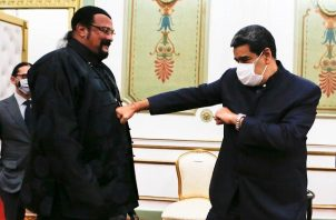 Steven Seagal y Nicolás Maduro. Foto: Twitter