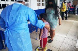 La vacunación de los niños dependerá de la velocidad con la que se inocule al resto de la población. Foto: Cortesía Minsa