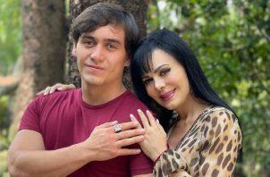 Maribel Guardia y su hijo. Instagram
