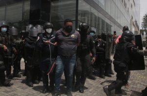 Las protestas del pasado viernes culminaron con 20 detenidos. Foto: Víctor Arosemena