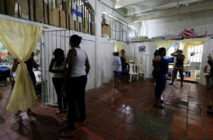 Por años, uno de los problemas más conocidos que han tenido los centros penales femeninos ha sido el hacinamiento. Archivo