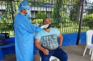 A la fecha se aplicaron 9,659 pruebas nuevas de contagio de covid-19. Foto: Cortesía Caja de Seguro Social