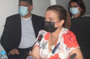 La ministra de Educación, Maruja Gorday de Villalobos, dijo que hasta abril la ejecución del presupuesto alcanza un 73.9%. Foto: Cortesía Asamblea Nacional