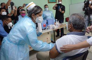 La vacunación iniciada se extiende desde hoy jueves hasta el próximo domingo. Foto: José Vásquez