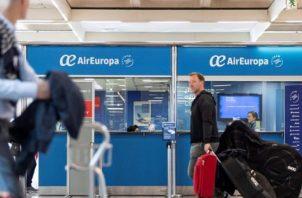Panamá espera reanudar viajes en julio. EFE
