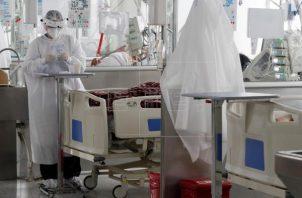 Colombia cuenta hasta ayer, jueves, con 3,067,879 contagios y 79,760 muertos por coronavirus. Foto: EFE