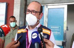 Defensor del pueblo, Eduardo Leblanc González acudió al Aeropuerto Internacional de Tocumen. Foto: Archivo