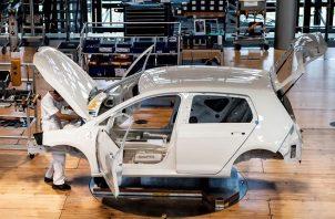 Los fabricantes se han visto obligados a recortar producción. EFE