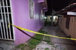 El cuerpo fue trasladado a la morgue judicial bajo órdenes del Ministerio Público, para hacerle la autopista de rigor. Foto: Diomedes Sánchez