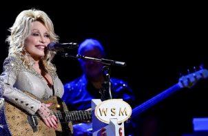 A través de la Fundación Dollywood la cantante ha realizado importantes obras filantrópicas. Foto: Instagram
