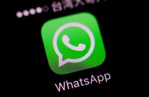 Vista del logotipo del popular servicio de mensajería instantánea en internet WhatsApp.
