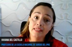 Viviana del Castillo, profesora de la Escuela Nacional de Sordos.
