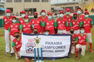 Chiriquí sacó provecho de los errores de Coclé y regresó a casa con el trofeo de campeón. Foto: Cortesía Pequeñas Ligas